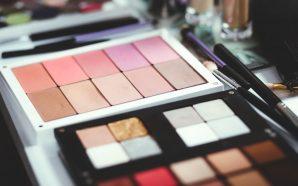 Jak wybrać idealny kosmetyk do konturowania?