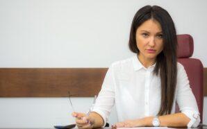 Adwokat w codziennych sytuacjach – kiedy warto skorzystać z jego…